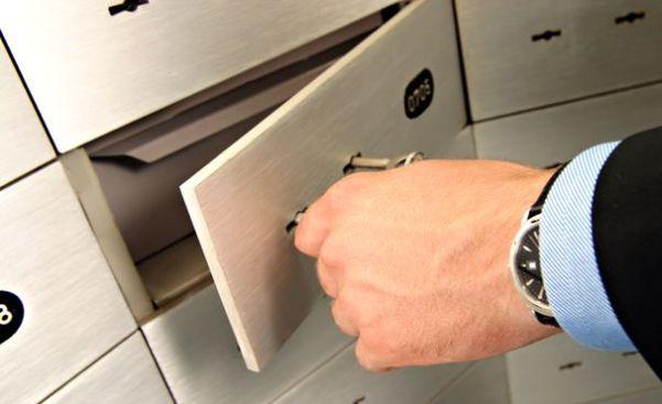 Bank locker closed by bank struggle of claiming the locker bank locker closed down spiritdancerdesigns Images