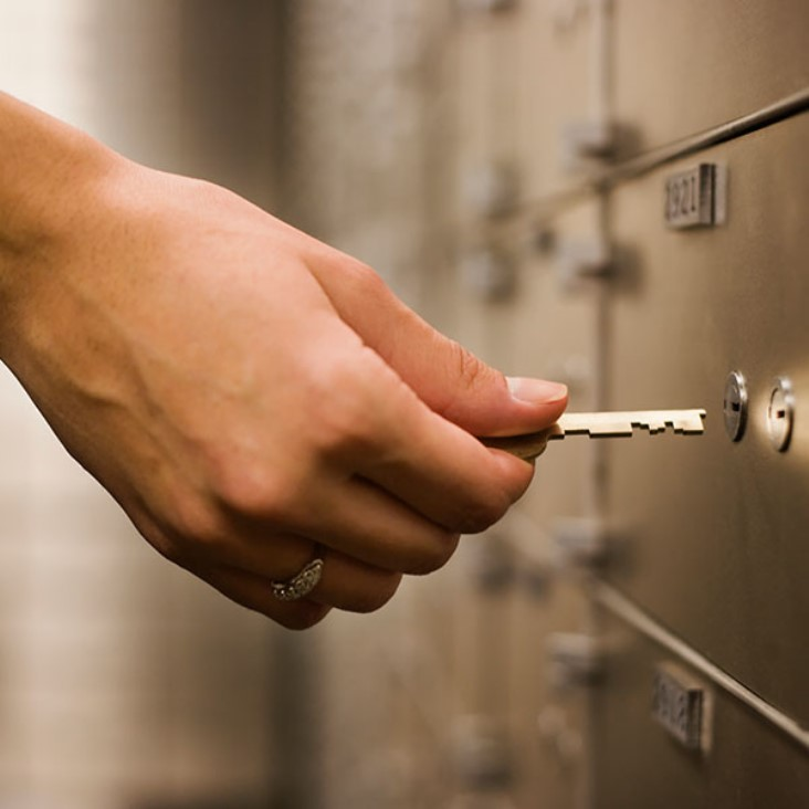 what happens if you lose your bank locker key? How much fine you will have to pay to get your new locker keys?